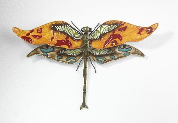 Große Libelle aus Metall
