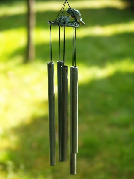 Großes Windspiel aus Bronze | Vogelnest